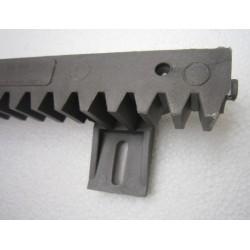CRV6/600 fémszálas erősítésű műanyag fogasléc