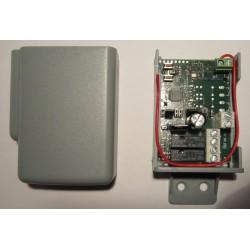 RX2 MultiFRQ AM/FM kétcsatornás ugró/fix kódos külső rádióvevő