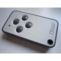 Roger E80/TX54R/2 4 csatornás tanítható távirányító